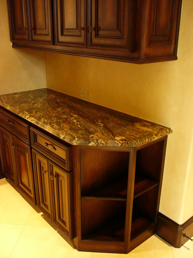 Custom Countertops & Cabinets