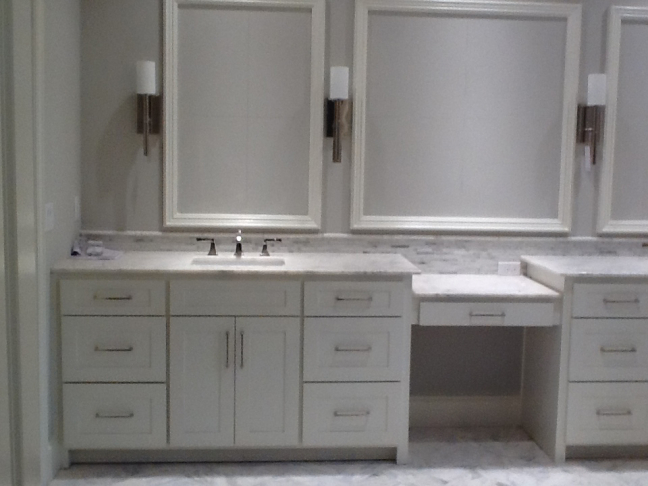 Bathroom Cabinets & Countertops