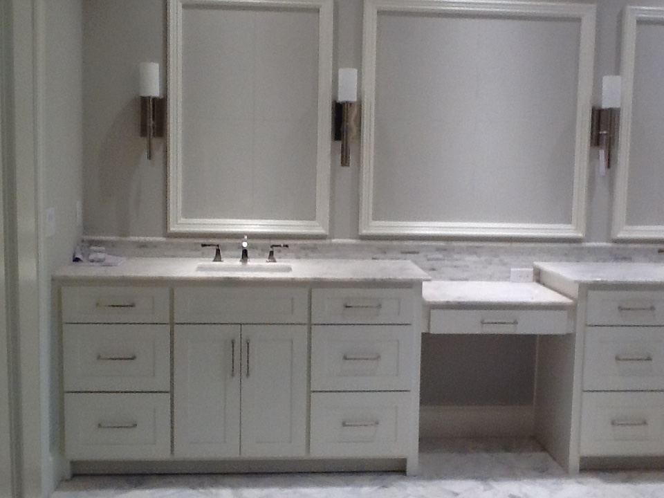 ... Bathroom Cabinets & Countertops ... - Bathrooms Earthwood Cabinet Company