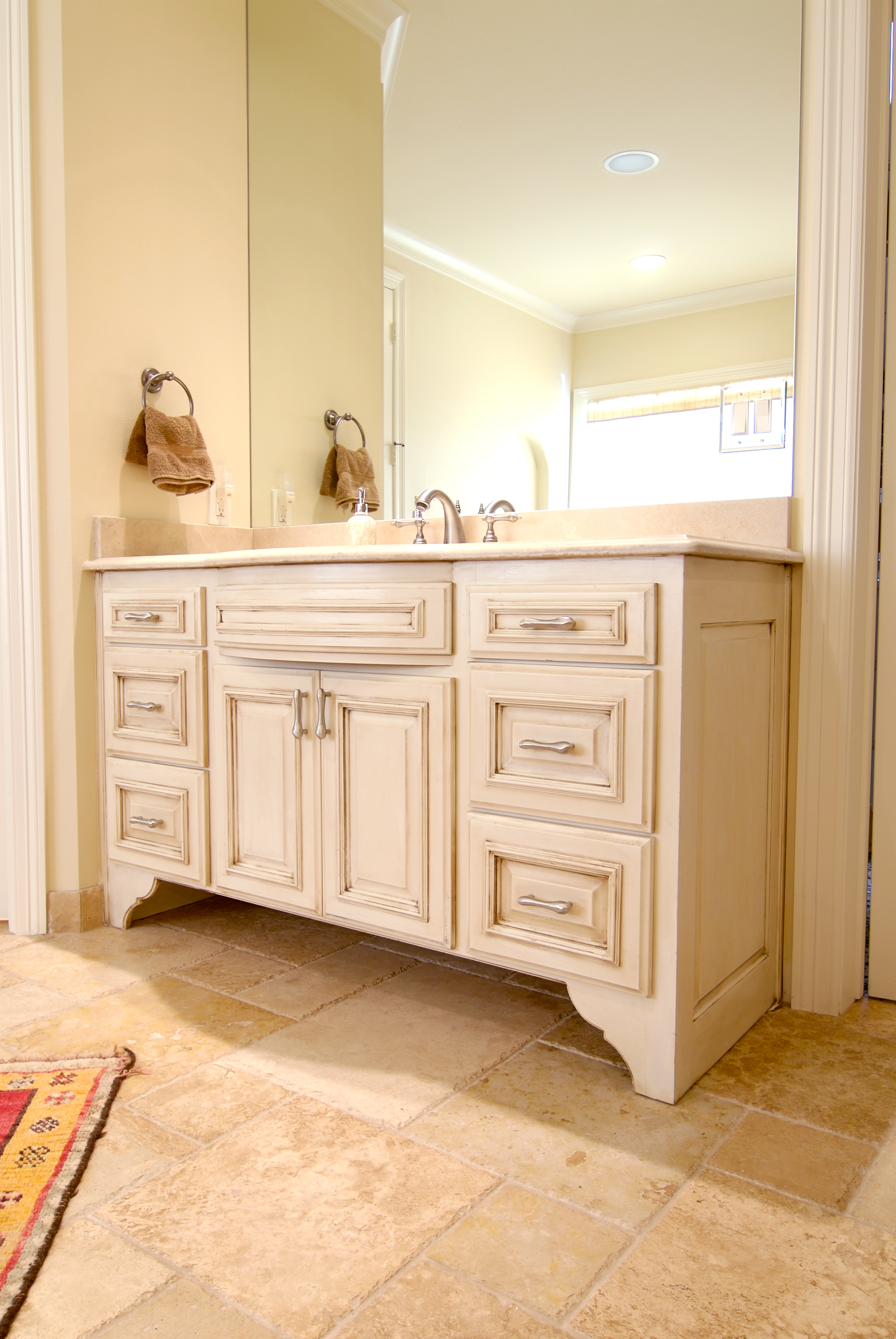 Bathroom Cabinets And Counters